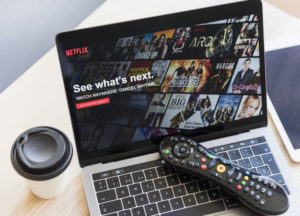 Netflix, others are market bright spots after S&P 500′s worst first quarter ever